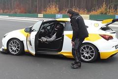 Dreharbeiten in Dudenhofen mit dem Astra OPC Cup
