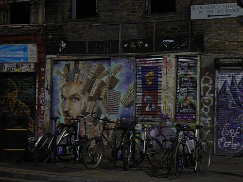 au bout de Brick Lane.jpg