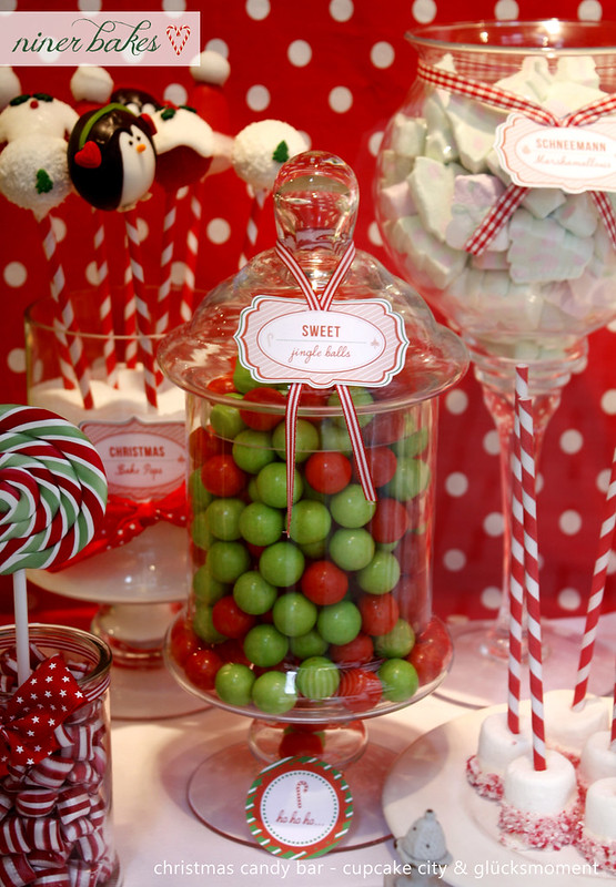 Christmas Candy Bar // Sweet Table
