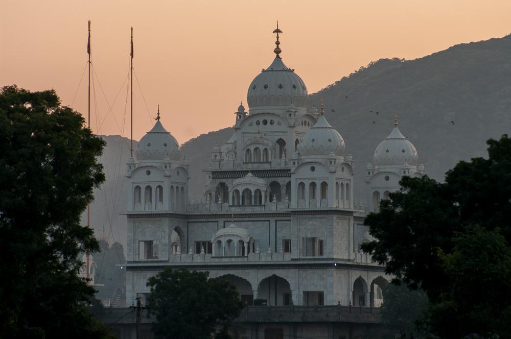 Temple near Pushkar Lake