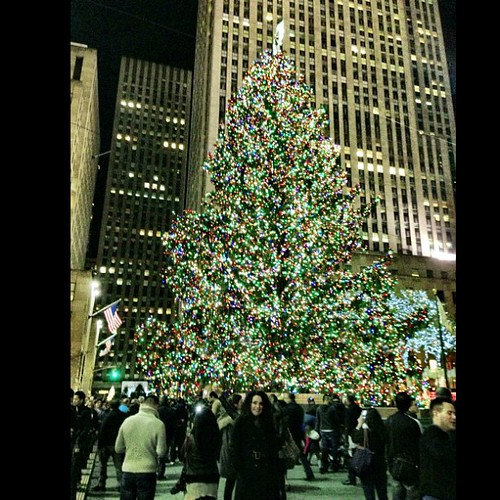 The treeeeeeeeee. #rockefellercenter #nyc #omg