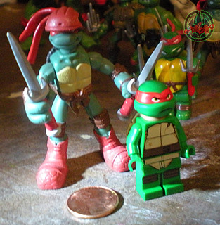 "LEGO Teenage Mutant Ninja Turtles :: ""Stealth Shell in Pursuit"" ; Raphael xiv  / ..with '08 Mini Mutants Extreme Sports Raph (( 2013 ))"