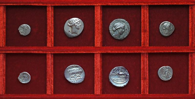 RRC 465 C.CONSIDIVS PAETVS Considia denarii, quinarius, RRC 464 T.CARISIVS Carisia sestertius, Ahala collection Roman Republic