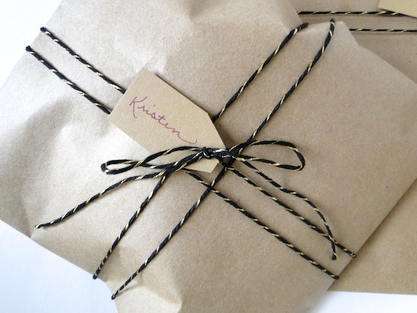 DIY Gift Wrap Envelope 11