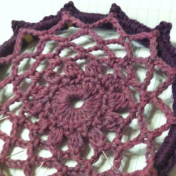 crochet dalia motif dreamcatcher wip by knot by gran'ma