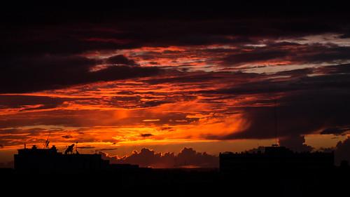 africa leica sunset sky copyright cloud sol silhouette night lumix twilight sonnenuntergang cloudy panasonic morocco maroc maghreb puesta 夕日 45mm crepuscule marokko photographe elmarit morokko atardacer marueccos gx1 microfourthirds aminefassi