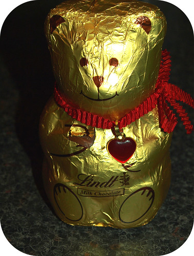 Lindt Milk Chocolate Bear