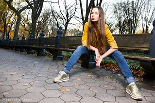 Beautiful young girl in NYC Central Park
