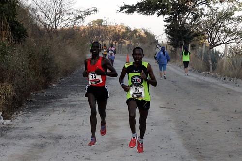 Dominio keniano en el Medio Maratón Tequila Mundo Cuervo 2012