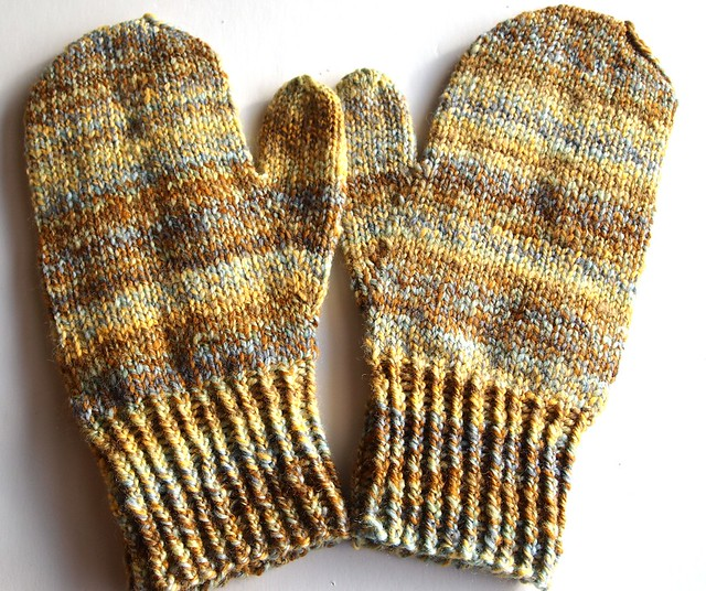 Wood Hollow Mittens II