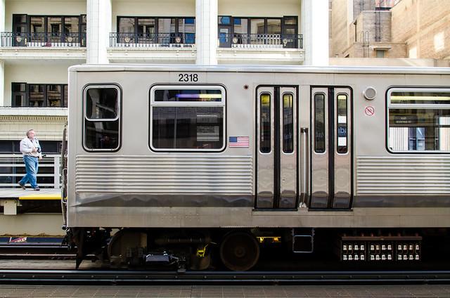 Cta 2200 Series Charter Train At Madison Wabash Flickr