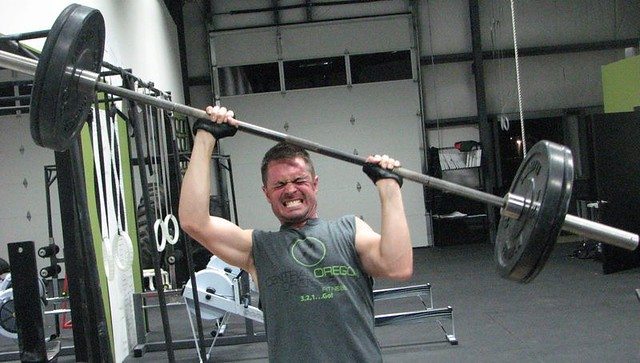 Good example of crossfit weight lifting in