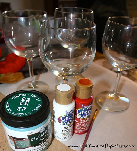 DIY Christmas Wine Glasses