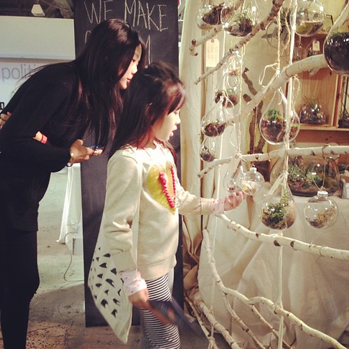 @missvenise & @bonnietsang checking out beautiful @chaparral_studio creations @uniquela
