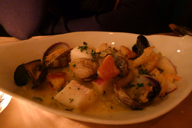 white fish, clams, mussells, shrimp, potato, light cream
