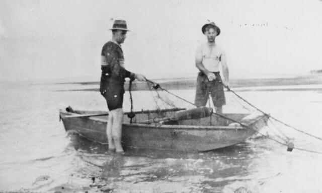 Net fishing at Shell Bank, Maryborough region, ca. 1920