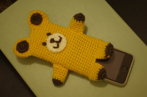 amigurumi #84 M iPhone cosy yellow bear2