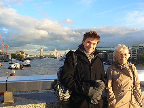 lala et clement pont de Londres.jpg