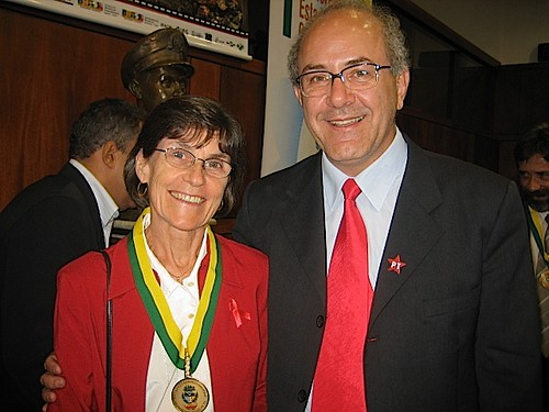 Margaret Hosty SSL receives a State Award from Deputado Mauro Ruben for her work in Human Rights