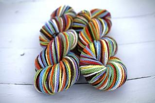 'choco rainbow' variation - cestari SF merino