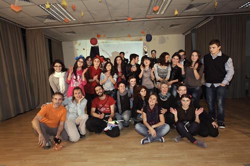 Foto finale con i ragazzi dei workshop a Tserovani Georgia