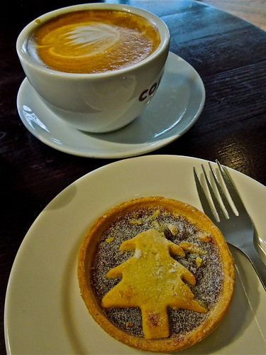 Coffee and a Seasonal Mince Tart  ....(315/366) by Irene.B.