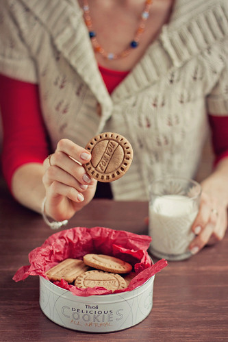 Cookies, milk and me :)