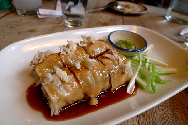 steamed fresh roll (crab meat, pork sausage, cucumber,  smoked tofu, tamarind reduction)