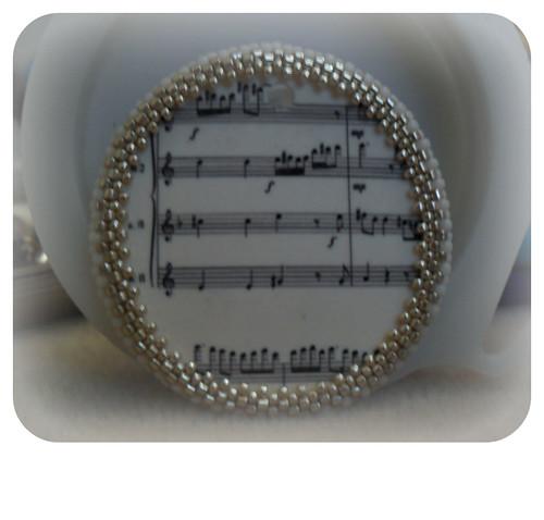 music_pendant