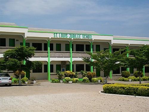 St Louis Jubilee School, Kentinkrono, Ghana