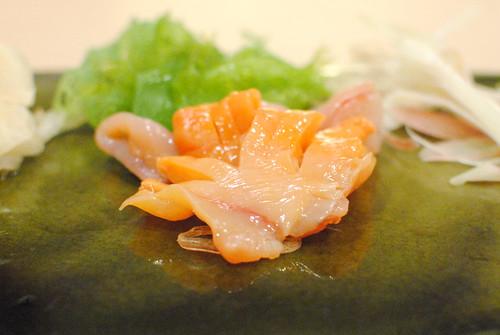 akagai/ark shell clam sashimi