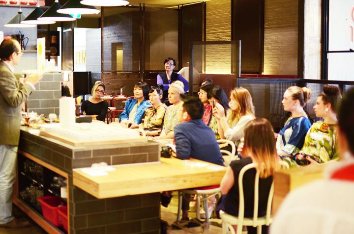 oriental teahouse talk