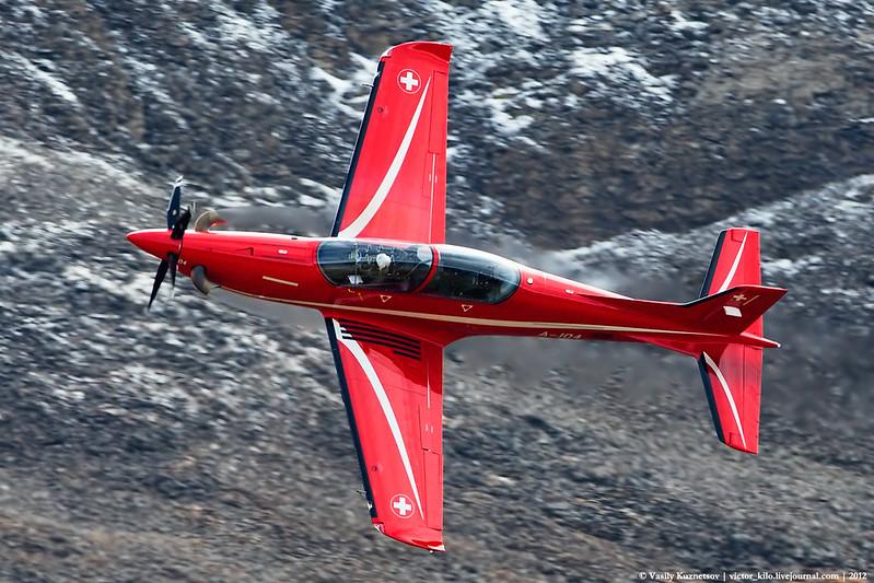 Swiss Air Force Pilatus PC-21 performance at Axalp