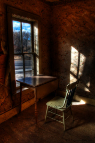 chair montana ghosttown hdr bannack