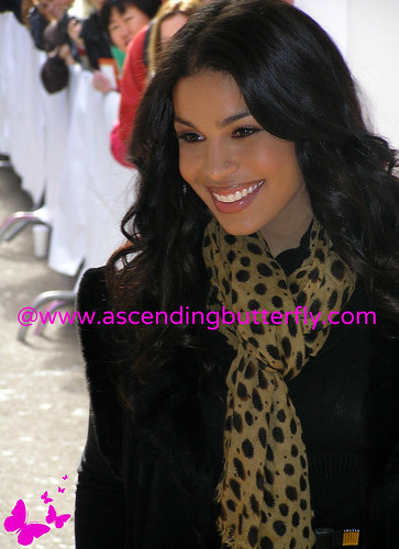 DRExcedrin Event Herald Square Jordin Sparks 02 WATERMARKED