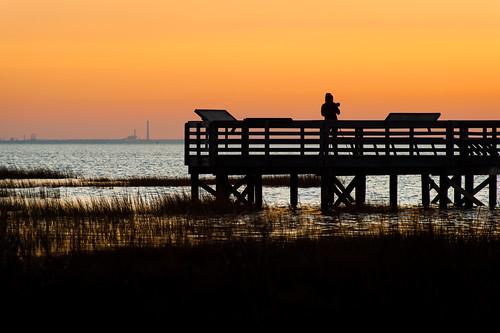 sunset sky orange water bay pier photographer chesapeakebay