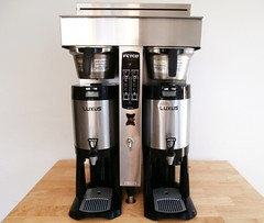 drink(0.0), drip coffee maker(1.0), coffeemaker(1.0), small appliance(1.0),