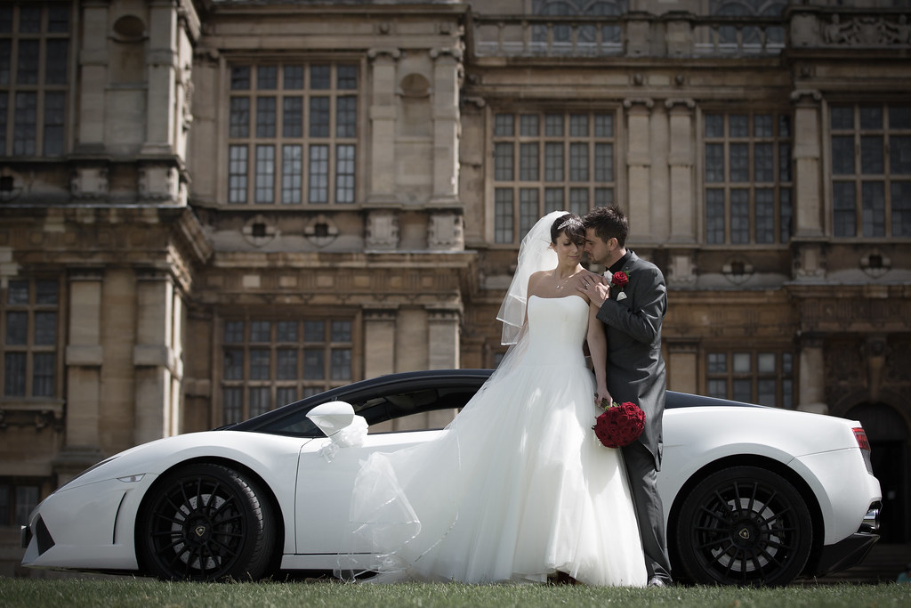 Things to Take into Consideration while Hiring Wedding Cars