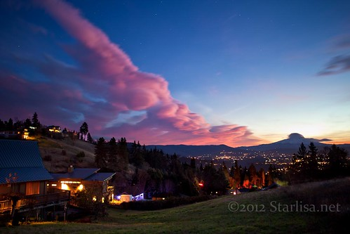 white weather clouds river photography town twilight cityscape salmon lenticular 2012 whitewhite waveclouds lennies lenticularis standingwaveclouds starlisa hoodhood leewave lenticularsky starlisablackphotography salmonwashington salmoln7762 statewashingtonsunsetcolumbia gorgemount