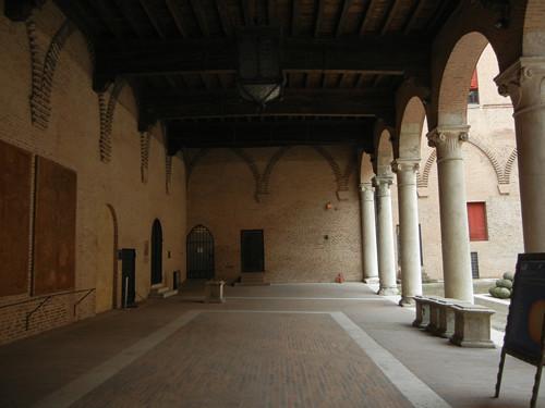 DSCN4277 _ Castello Estense, Ferrara, 17 October