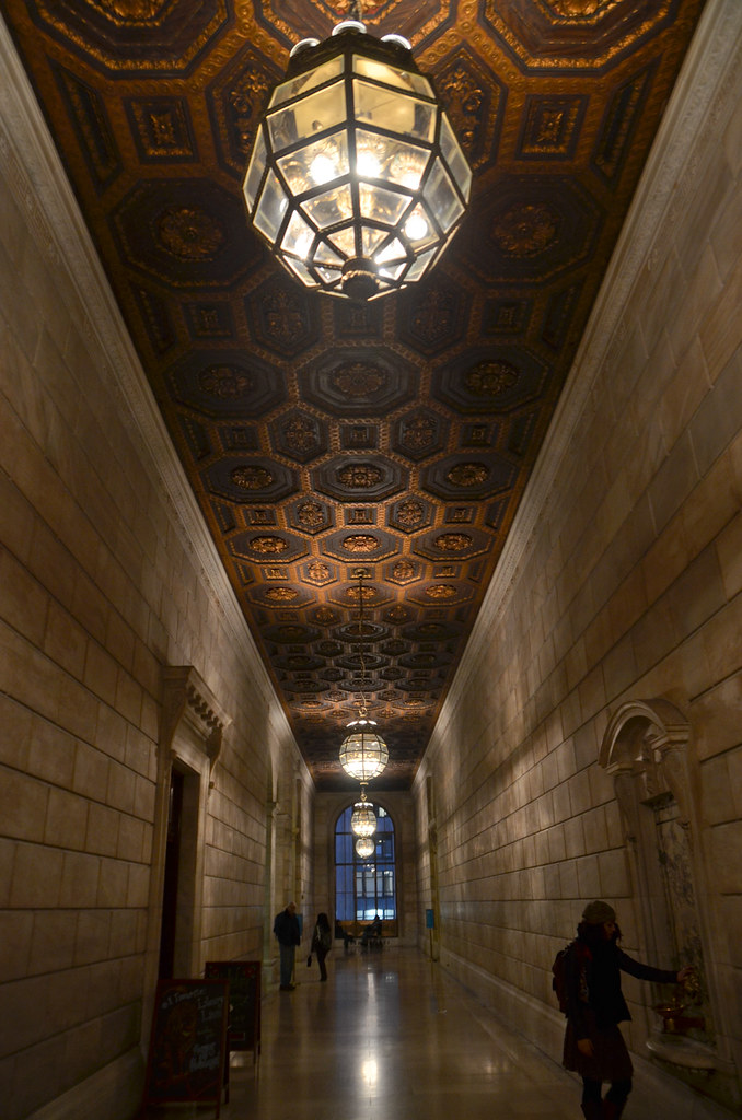 NYC Christmas Bucket List: NY Public Library