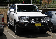 automobile, automotive exterior, toyota, sport utility vehicle, wheel, vehicle, compact sport utility vehicle, toyota land cruiser prado, bumper, toyota land cruiser, land vehicle,