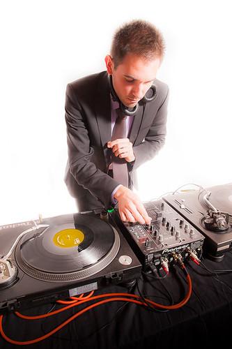 Bewegungsfaktor's DJ FunkyBe