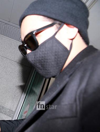 Big Bang - Incheon Airport - 21mar2015 - Seung Ri - FN Star - 02