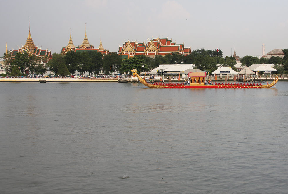 Calmness of the Chao Phraya River