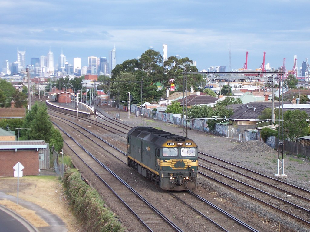 G538 at Middle Footscray by Alan Greenhill