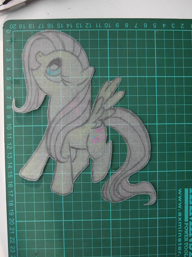 Fluttershut cut out