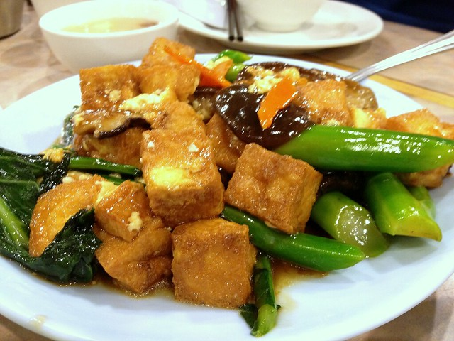 Stir-Fried Kailan with Tofu