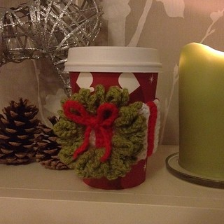My new cup cozy. Can't wait to go to #starbucks again! #crochet #christmas