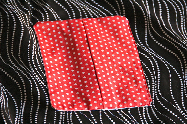 Box pleat pocket